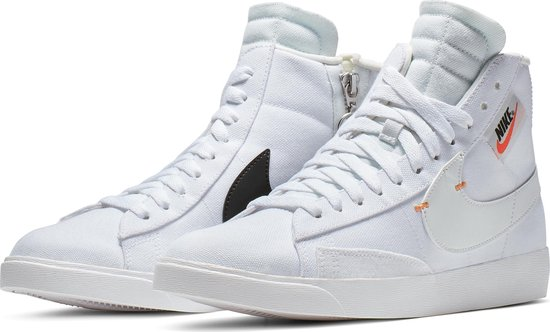 bol.com | Nike Blazer Mid Rebel Sneakers Dames - White ...