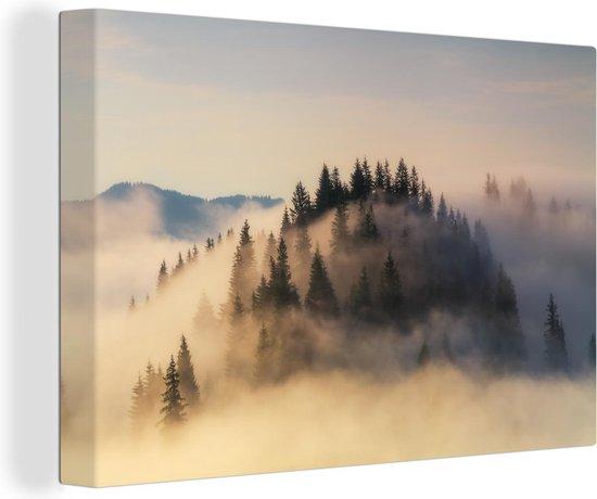 Mistige zonsopgang in de bergen in de zomer canvas 30x20 cm - klein - Foto print op Canvas schilderij (Wanddecoratie woonkamer / slaapkamer)