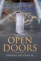 Boek cover Open Doors van Trinidez Mccolen Sr.