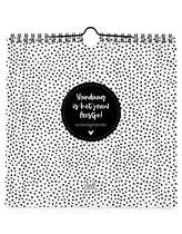 Zoedt verjaardagskalender - zwart wit - vierkant - met quotes