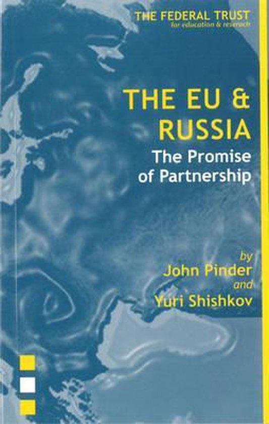 Boek cover The EU and Russia van John Pinder (Paperback)