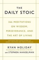 Omslag The Daily Stoic : 366 Meditations on Wisdom, Perseverance, and the Art of Living: Featuring new translations of Seneca, Epictetus, and Marcus Aurelius