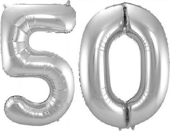 Folie ballon cijfer 50 jaar – 80 cm hoog – Zilver - met gratis rietje – Feestversiering – Verjaardag – Abraham Sarah - Bruiloft