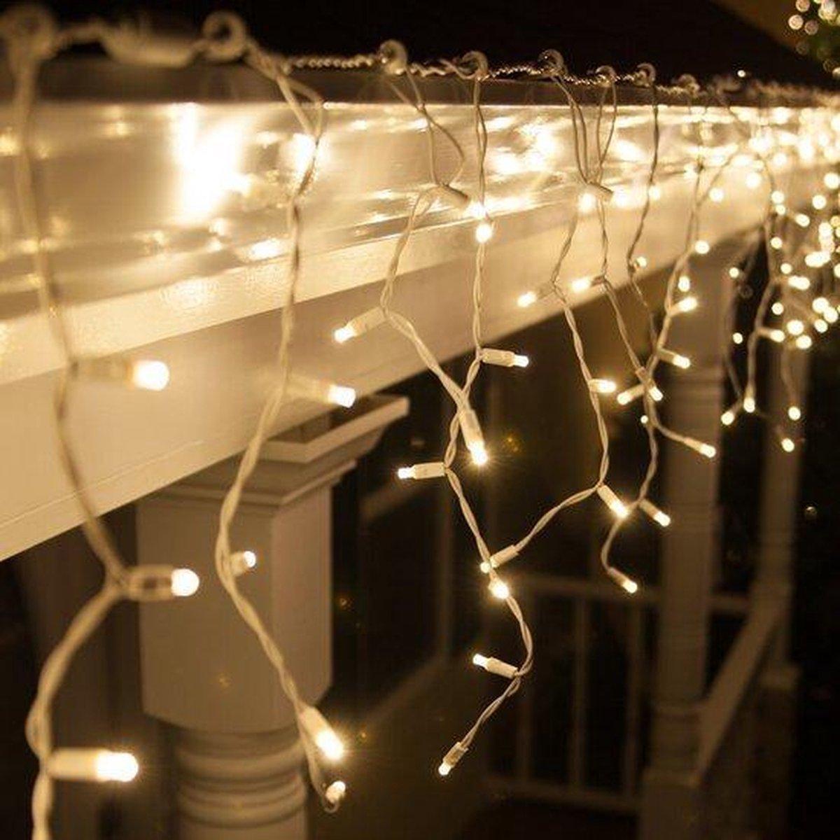 Groenovatie LED IJspegelverlichting - Kerst - 10 Meter - 400 Lampjes - IP44 - Doorkoppelbaar - Warm