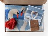 Doosje liefde voor Valentijnsdag, vriendschap, familie, kussenhoes en kaart fotograaf Heidie Mulder