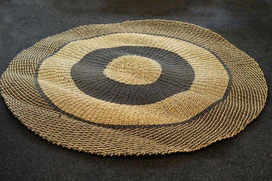 Nusa Originals - Vloerkleed Natural en Zwart (200cm) - Scandinavian Stijl - Fairtrade