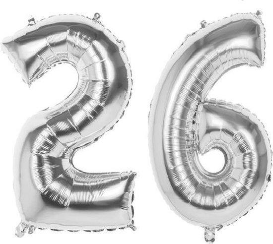 26 Jaar Folie Ballonnen Zilver- Happy Birthday - Foil Balloon - Versiering - Verjaardag - Man / Vrouw - Feest - Inclusief Opblaas Stokje & Clip - XXL - 115 cm