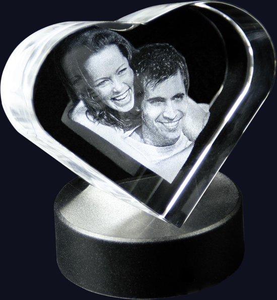 2D Foto in Hartvorm M met lichtsokkel | Huwelijk | Valentijn| Verjaardag | Kerstmis | Sinterklaas | Moederdag | Vaderdag | Cadeau