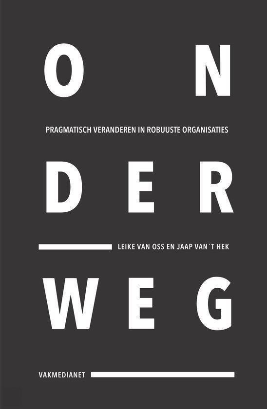 Boek cover Onderweg van Leike van Oss