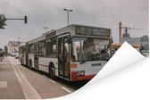 Een morderne Duitse stadsbus Poster 90x60 cm - Foto print op Poster (wanddecoratie woonkamer / slaapkamer)