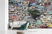 Fotobehang vinyl - Een karakteristieke wijk van Port-au-Prince in Haïti breedte 330 cm x hoogte 220 cm - Foto print op behang (in 7 formaten beschikbaar)