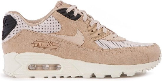 bol.com | Nike Sneakers Air Max 90 Pinnacle Dames Beige Maat ...