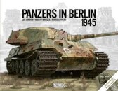 Boek cover Panzers in Berlin 1945 van Lee Archer