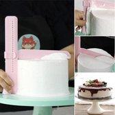 Verstelbare Gladstrijker - Fondant Schraper - Taart Decoratie Soepeler - Versier Gereedschap - Glad strijken van cake en taart - Glazuur smoother - Voor botercrème, ganache marsepein en glazuur - 1 stuks