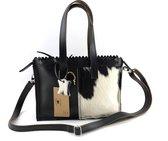 Koeienhuid mini shopper met lange hengsel zwart-wit Van Fiel/ Lina Leather
