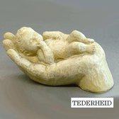 Parastone beeldje baby in hand - ivoor - tederheid - 4 cm hoog