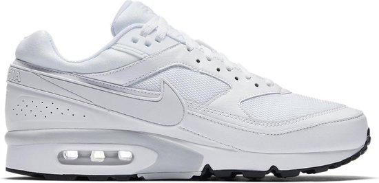 Nike Air Max Classic BW 881981-100 Wit maat 45