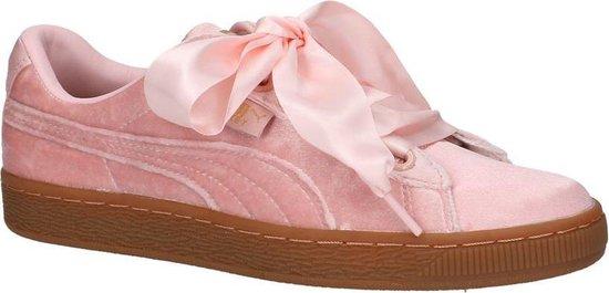 Sneakers Roze Puma Basket Heart