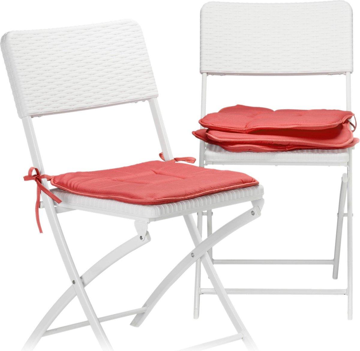 Te gulzig aangeschaft, 4 stoelkussens (tuinstoel) passen bij