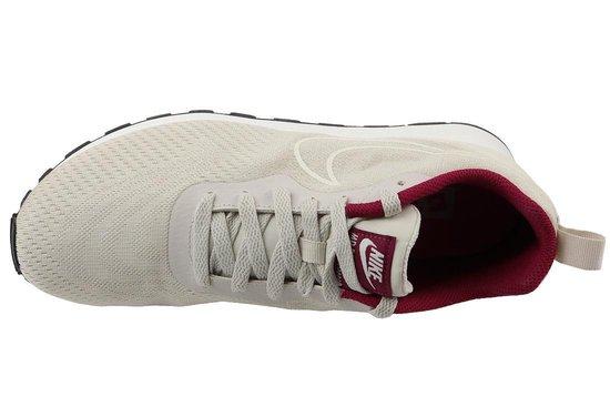 Nike Md Runner 2 Eng Mesh Wmns 916797-100 Vrouwen Wit Sneakers maat: 36.5 EU RYGSMFvg