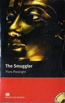 Macmillan Readers Smuggler The Intermediate Pack