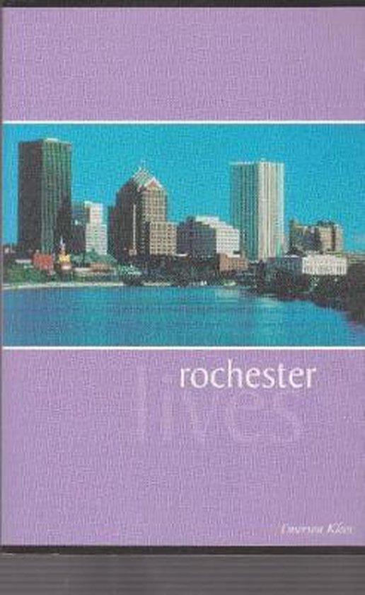 Boek cover Rochester Lives van Emerson Klees (Paperback)