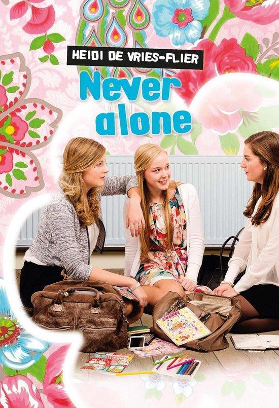 Never alone - Heidi de Vries-Flier |