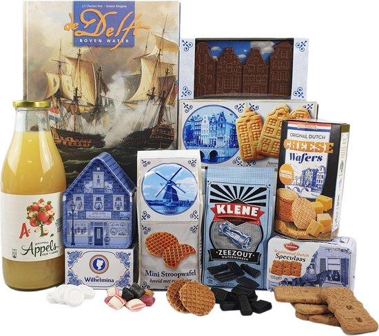Cadeau pakket - Nr 2- Gift set met het Boek De Delft boven Water en diverse Hollandse lekkernijen