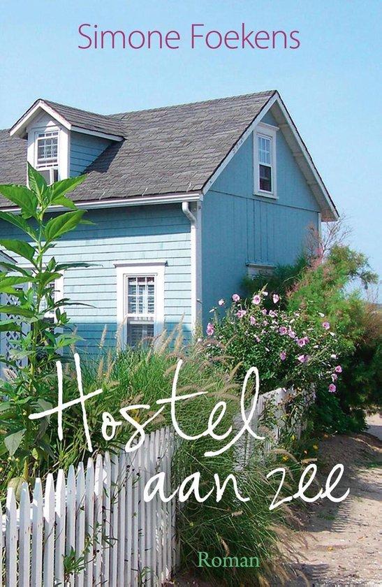 Boek cover Hostel aan zee van Simone Foekens (Onbekend)