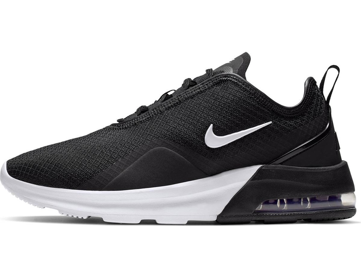 Nike Air Max Motion 2 Dames Sneakers BlackWhite Maat 36
