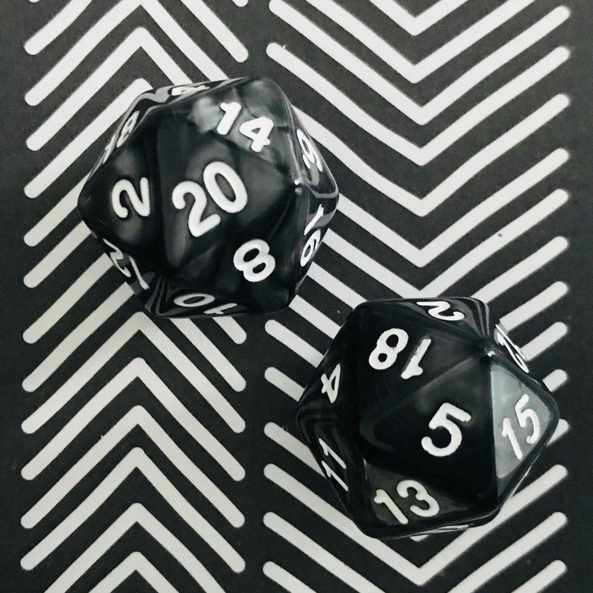 Spel | 20-kantige Dobbelstenen | 2x | Zwart & Wit | Optellen en Aftrekken