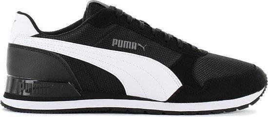 Puma ST Runner V2 Mesh - Heren Sneakers Casual Sport Schoenen Zwart  366811-05 - Maat EU 42 UK 8