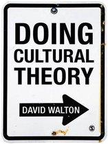 Boek cover Doing Cultural Theory van David Walton