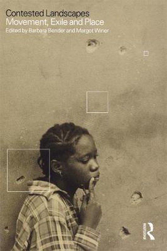 Boek cover Contested Landscapes van Barbara Bender (Paperback)