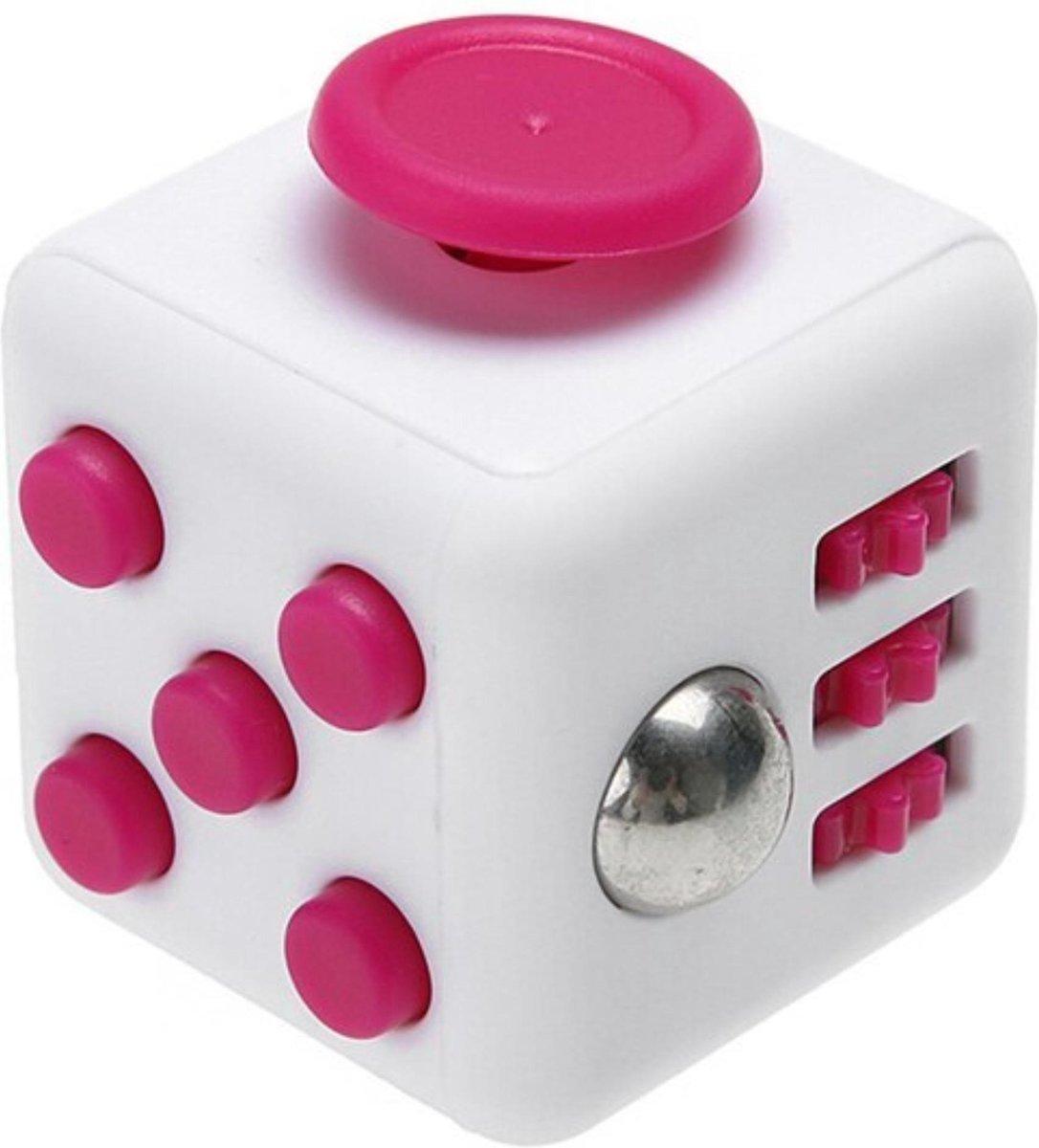 Fidget Cube - Hoogsensiviteit - Anti Stress - Stress - Friemelkubus - Stressbal - Speelgoed - Kubus - Fidget - Cadeau - Roze