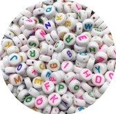 300 Stuks Kralen Alfabet Gekleurde Letters 6mm - Letterkralen - Acryl Kralen