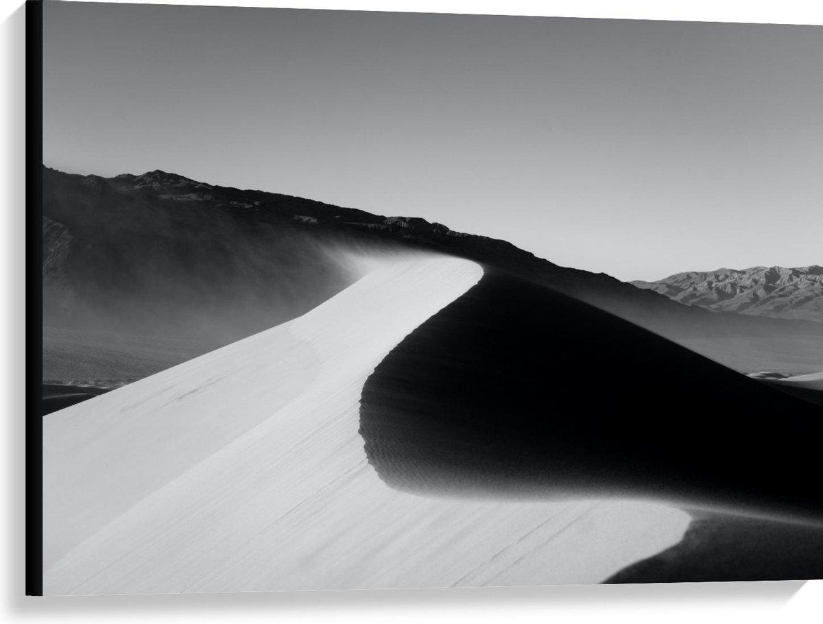 Canvas  - Zandheuvels in de Woestijn (zwart/wit) - 100x75cm Foto op Canvas Schilderij (Wanddecoratie op Canvas)