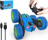 HyperWheels - Bestuurbare Auto / Stuntauto voor Jongens  & Meisjes - Blauw - voor Binnen & Buiten / Met werkende Verlichting - Oplaadbaar en Afstandbestuurbaar - Speelgoed Jongens & Meisjes