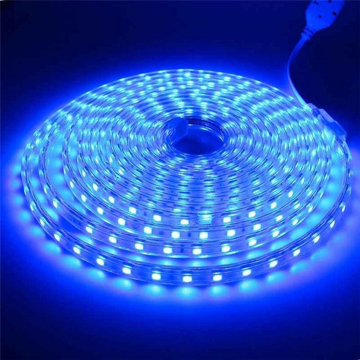 1 meter 220V LED strip, blauw, IP65