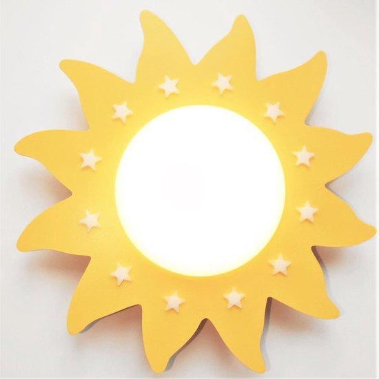 Funnylight kids baby en kinder lamp LED Du Soleil zon geel - Trendy plafonniere voor de jongens en meisjes kamer met witte glow in the dark sterren