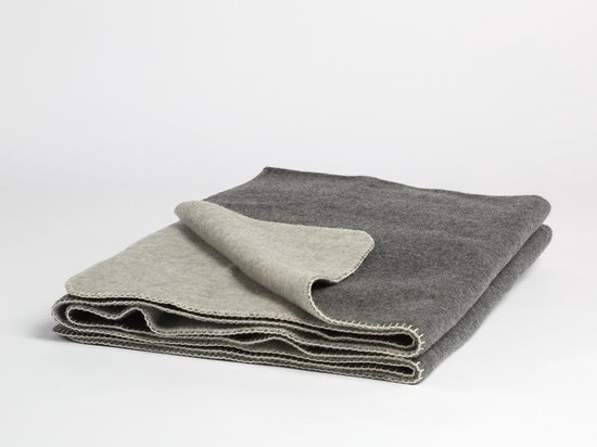 Yumeko Wollen deken grijs 150x220