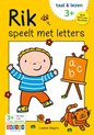 Afbeelding van het spelletje Zwijsen Kinderboek Rik speelt met letters. 3+