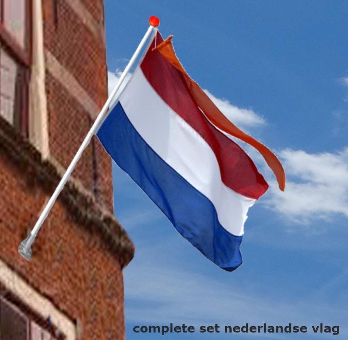 Nederlandse vlag met stok, wimpel en houder   Complete set