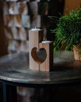 Set van houten theelicht houder in vorm van hart