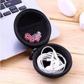 Handig opberg etui voor oortjes, USB stick, laadkabel of earphones, tasje / case headphones in ear, earpods