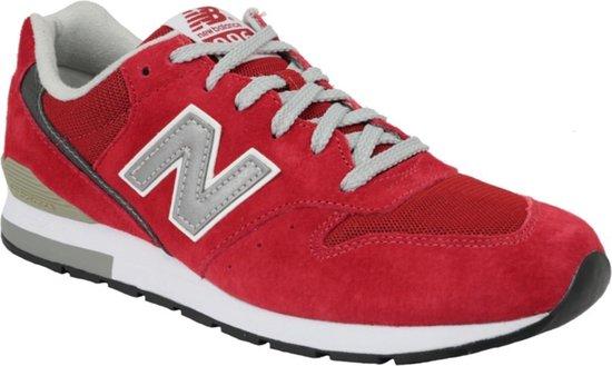 bol.com   New Balance MRL996AR, Mannen, Rood, Sneakers maat ...