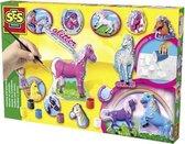 Figuren gieten en schilderen: paarden