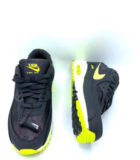 Nike Air Max 90 Maat 42