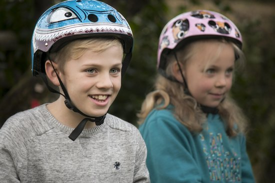 Mini Hornit Lids Fietshelm voor Kinderen - met LED achterlicht - Hammerhead (S)