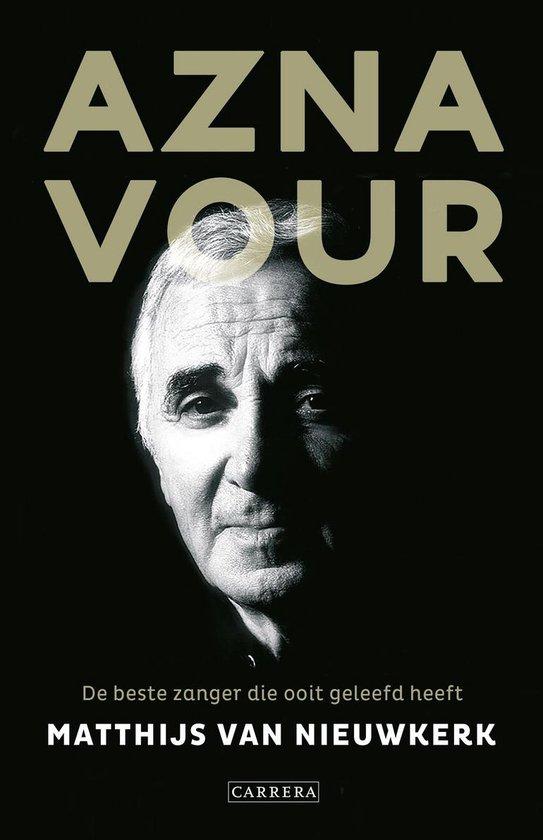 Omslag van Aznavour. De beste zanger die ooit geleefd heeft